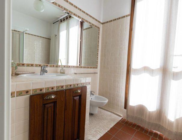 bagno_appartamento_MONTE ADONE