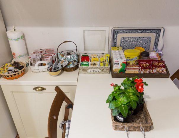 colazione_appartamento_MONTE ADONE
